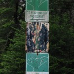 A trail sign on the way to Lookout Rock